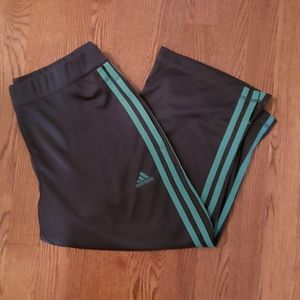 Adidas charcoal and teal capris